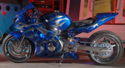 Yamaha R6 Custom Paint by JP Customs Built by JDA Custom Chrome wheels swingarm
